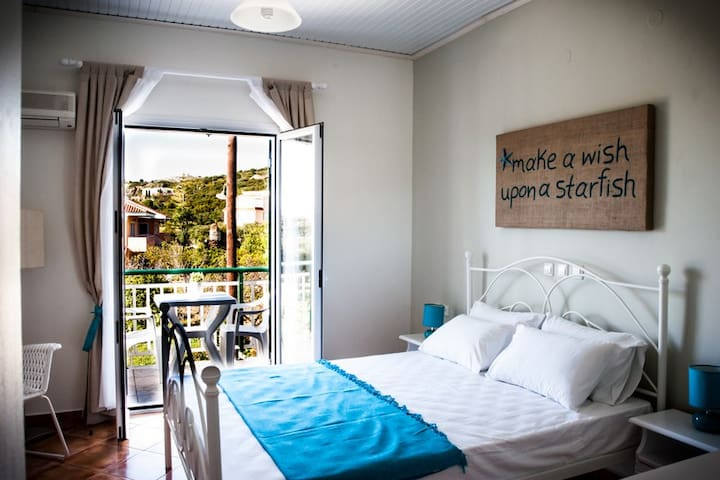 SeaViewStudios Supstudio double bed - Minia - House