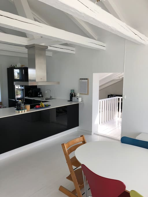 Kitchen and dining, 2nd floor