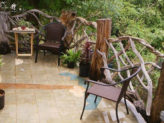2 Bd Rms Makaha Treehouse - Waianae - Dům