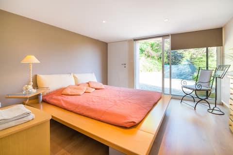 Easy Lyon:spacious quiet guestsuite