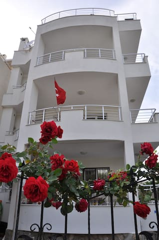 Apartment near village center - Güzelçamlı - Pis