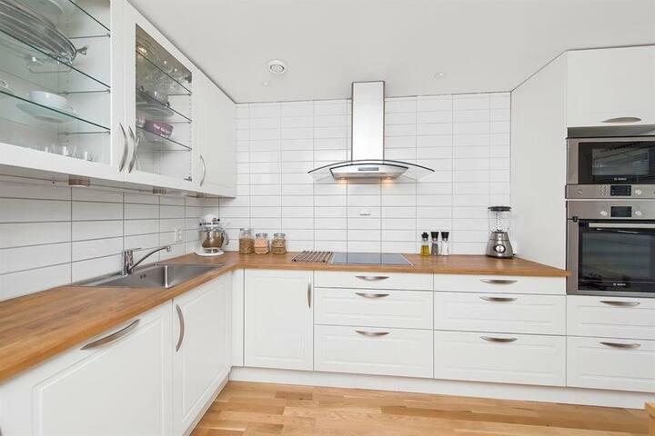Pen og delikat leilighet i 3. etg. - Oppegård - Wohnung