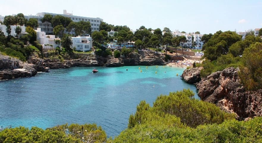Charming ibiza style 2BD w terrace & new bathroom! - Cala d'Or - Apartment
