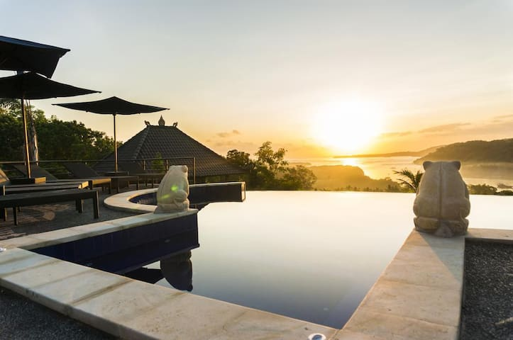 Lembongan Accomodation with unblocked Ocean View 1