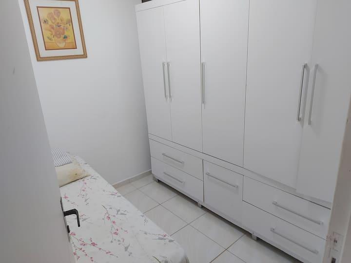 Apartamento, aluguel de quarto com acceso total