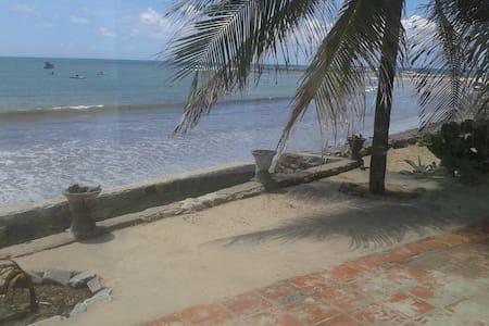 casa beijaflor- Pitangui praia - pitangui praia -
