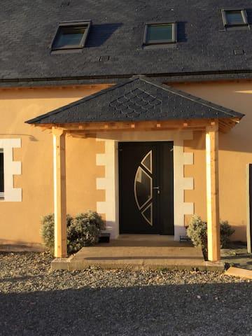 Location maison à la semaine pour 24h du Mans/GP - Parigné-l'Évêque - House