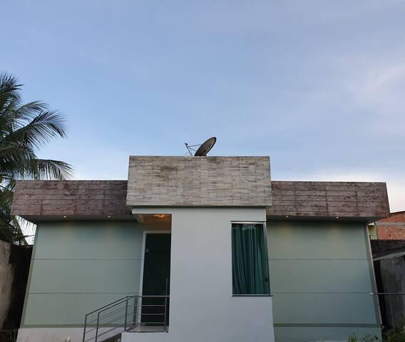 Casa no centro de Presidente Figueiredo