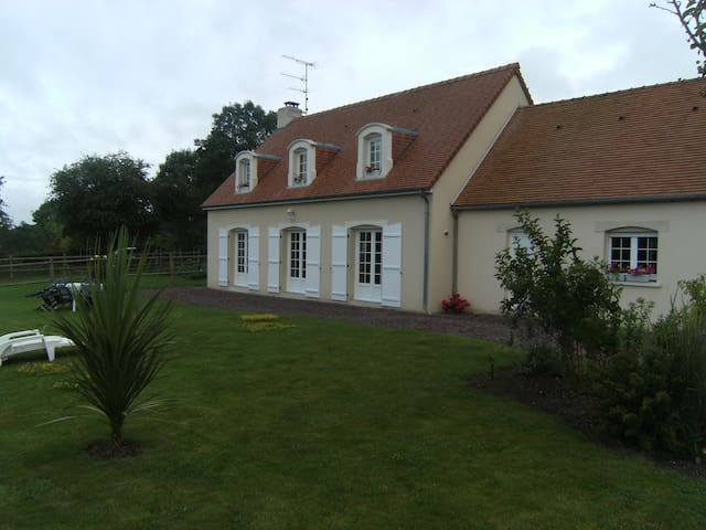 Pavillon près de Bayeux - Subles - House