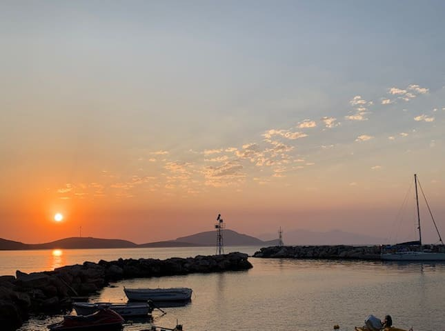 Sunset Hotel Tilos - 2 Single beds - Balcony