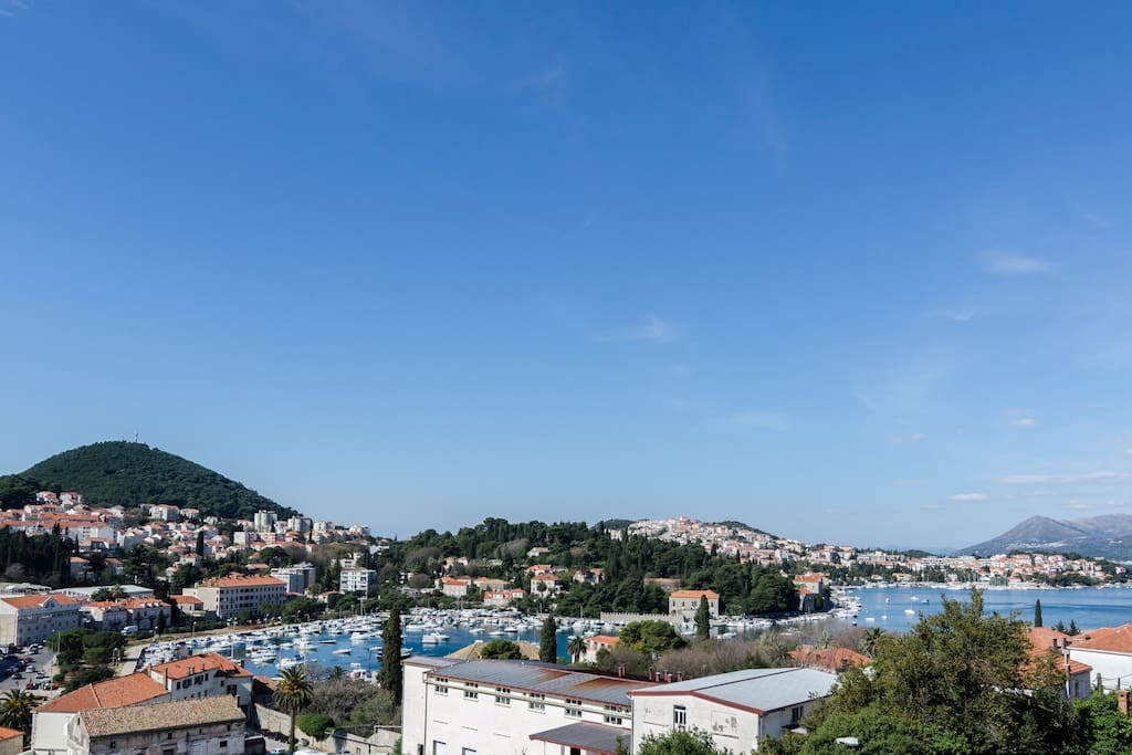 Sea view on the gruz bay