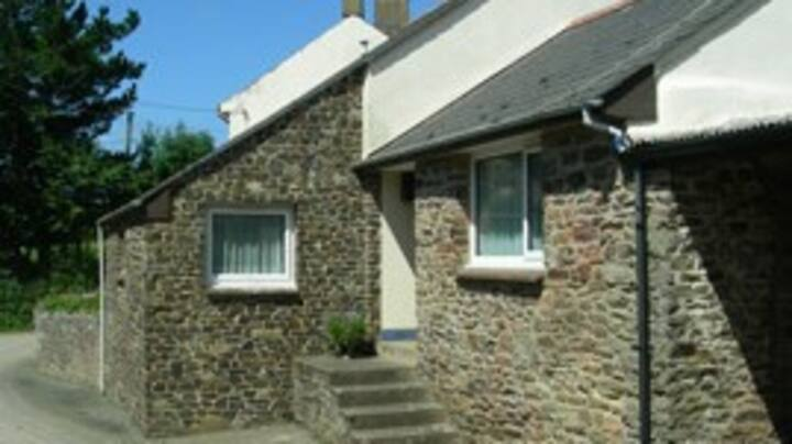 A 4 bedroom cottage set in beautiful countryside