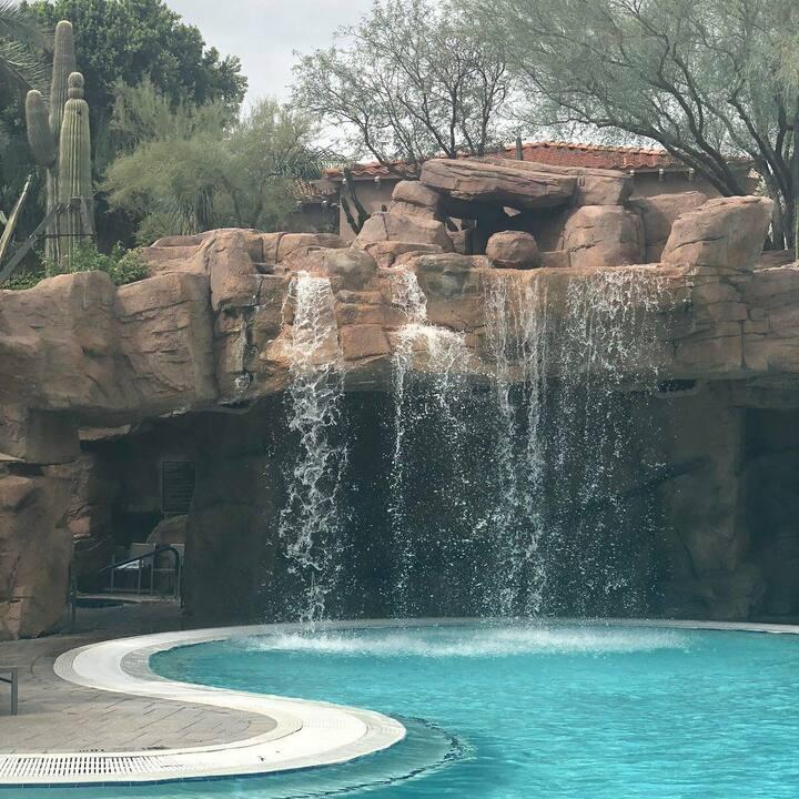 Spacious Premium Villa Sheraton Desert Oasis