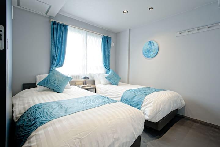 Bedroom/寝室/침실/卧室/臥室/ห้องนอน