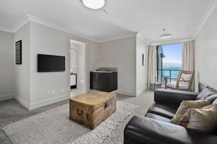 Studio Room | Beacon Penthouse | Lake Views