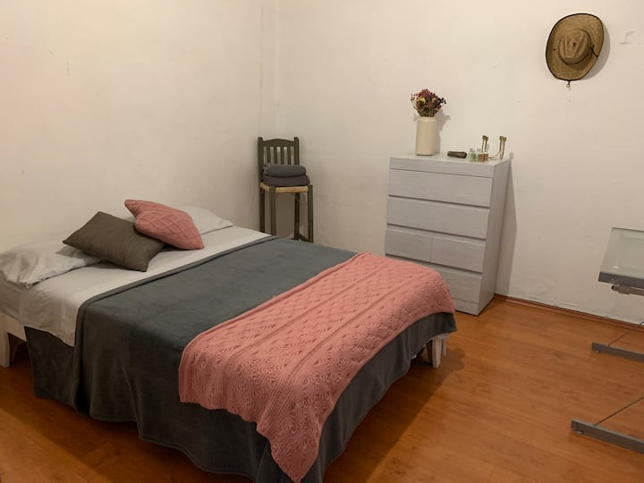 Cozy room in the heart of Mexico City Condesa