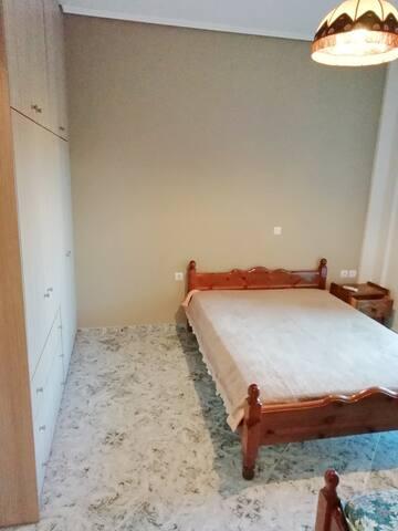 Υπνοδωμάτιο (διπλό)