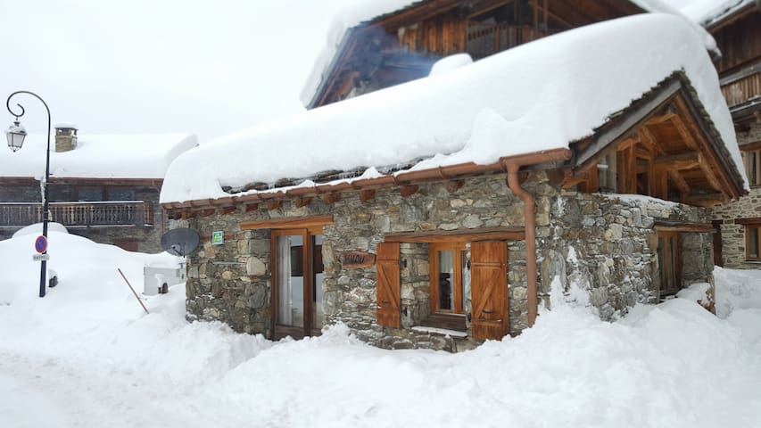 Chalet Milou - Self Catered - Sleeps 2 to 4