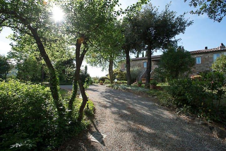 Lux Country Villa close to Montepulciano Cortona