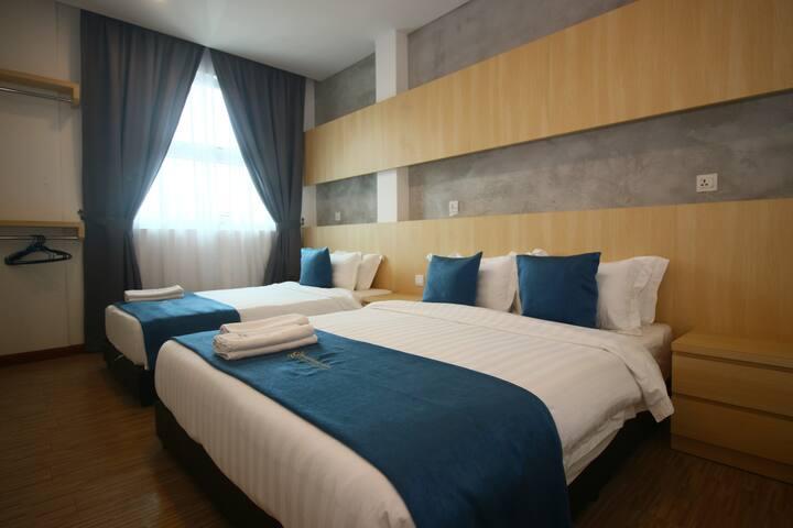Kuah, Langkawi @ 3 Bedroom Suite 4 (3 - 6 Pax)