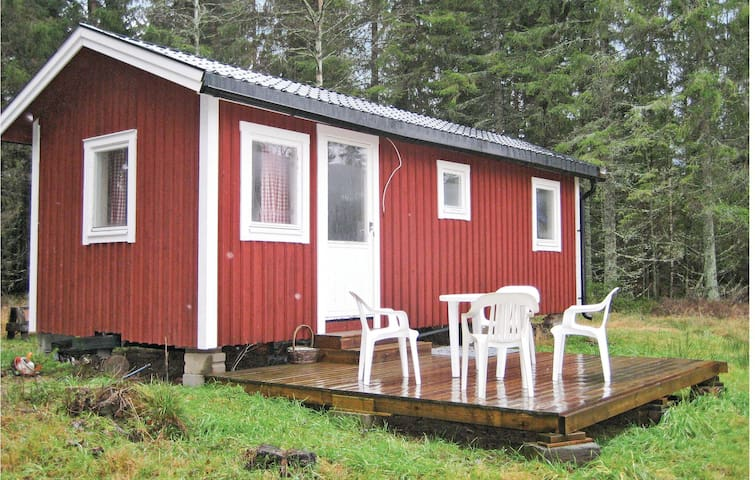 Holiday cottage with 1 bedroom on 23m² in Ed