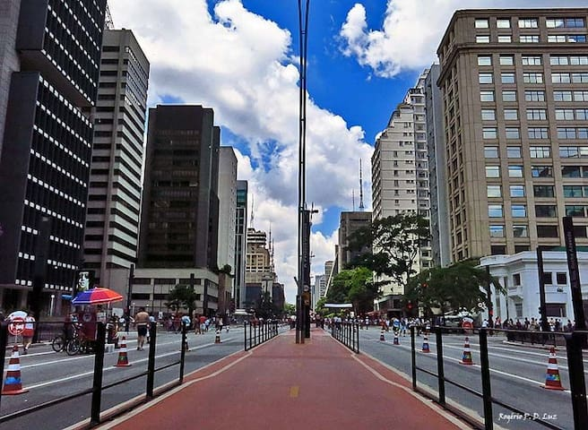 Quarto Av Paulista, Metrô Trianon. Somente Meninas