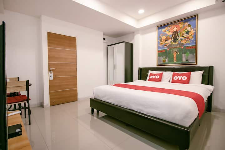 OYO Art Hotel Hua lamphong/Monthly Room