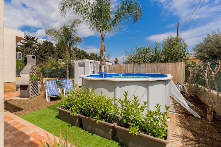 IRENE'S HOUSE con piscina privata e wi.fi