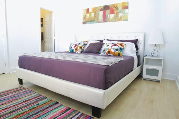 Downtown LA One Bedroom Apartment Fashion District