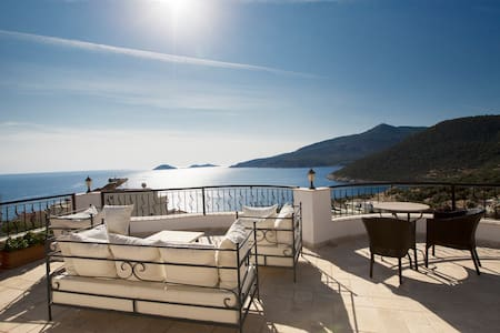 2 Bed Apartment with Seaviews slps5 - Kalkan - Appartement