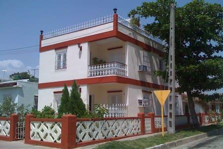 Villa Marlin - Cienfuegos - Bed & Breakfast