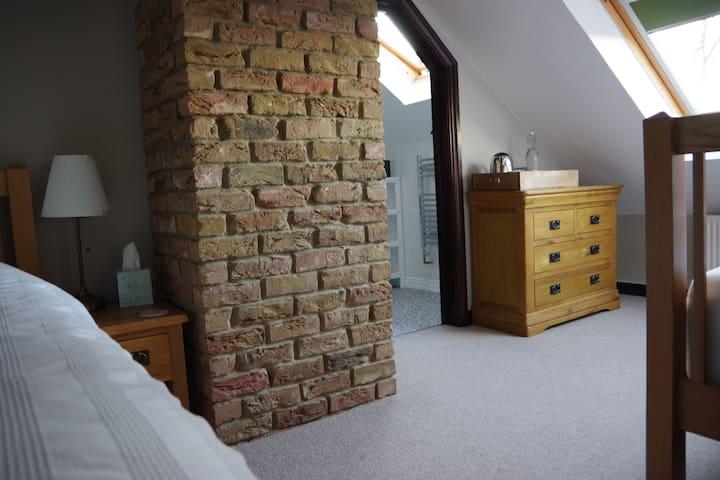 Twin Room, Old Bears Barn, Lealholmside
