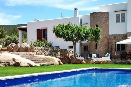 SANTA GERTRUDIS COUNTRY VILLA - Ibiza - San Mateu