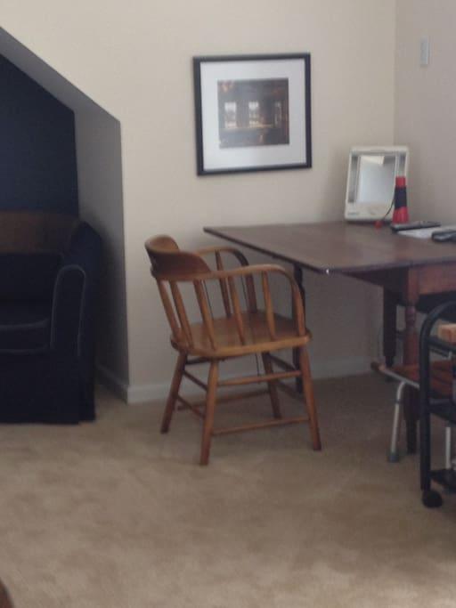 Nice work area. Wifi available.