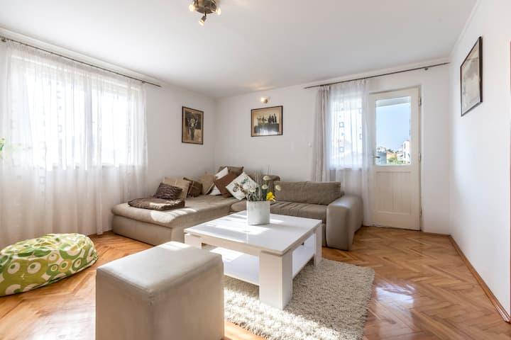 Boban sunny apartment
