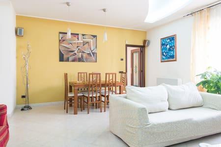 naples beutiful villa!! - Marigliano