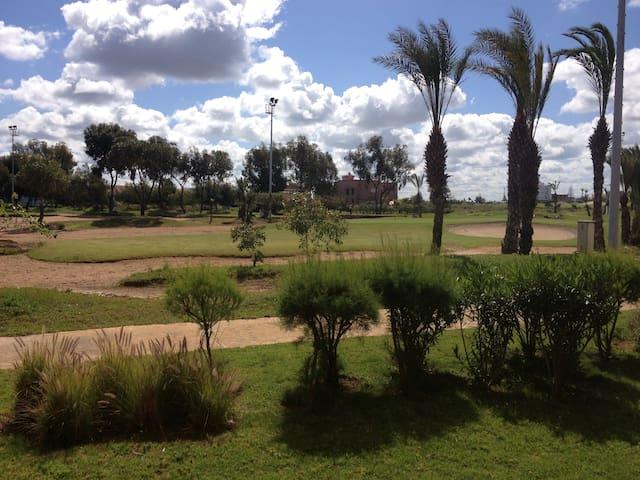 Golf, piscine plage Bouznika Bay