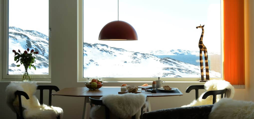 Room With a View - Nuuk - Byt