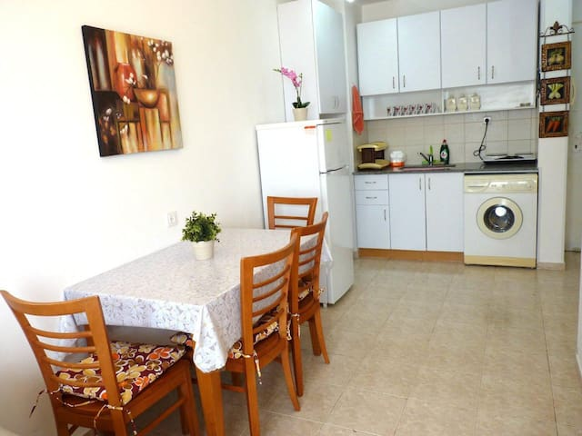 Apartment Breeze overlooking to sea - Ashkelon - Daire