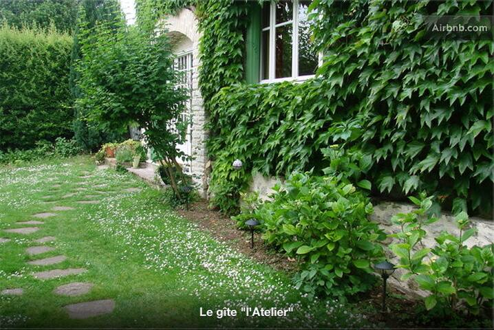 L'Atelier Bed and Breakfast