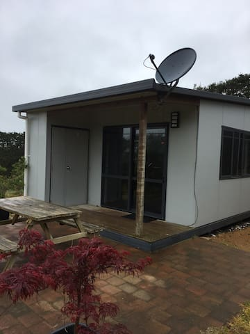Whispering Pines, Avocado Retreat - Pukenui - Cabin