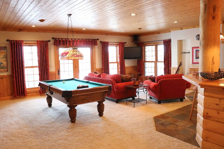 Luxury Log Cabin near Elkhart Lake - Plymouth - Chatka