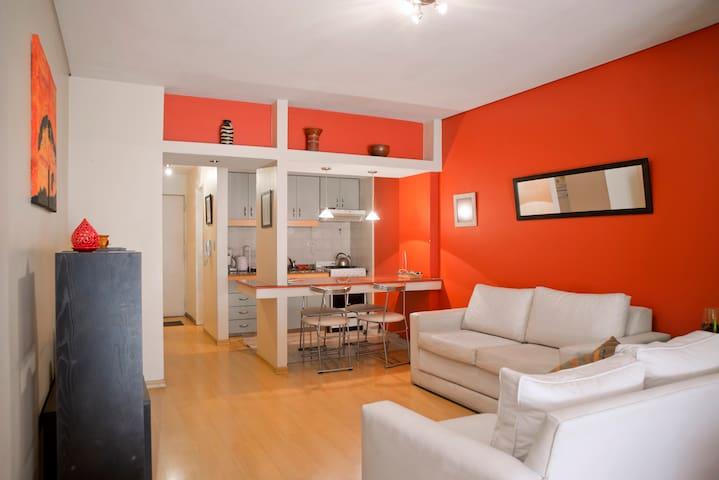 Studio apartment centrally located