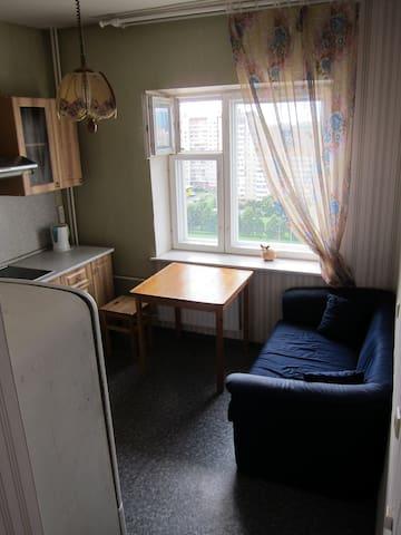 Удобная квартира в современном доме - Sankt-Peterburg - Departamento