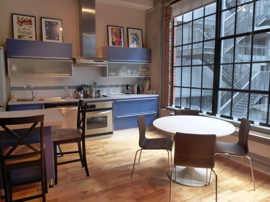 Loft new yorkais au centre ville lofts for rent in montr al qu bec canada - Loft new yorkais ...