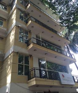 Private Rooms in Kormangala 4th Block Bangalore - Bangalore