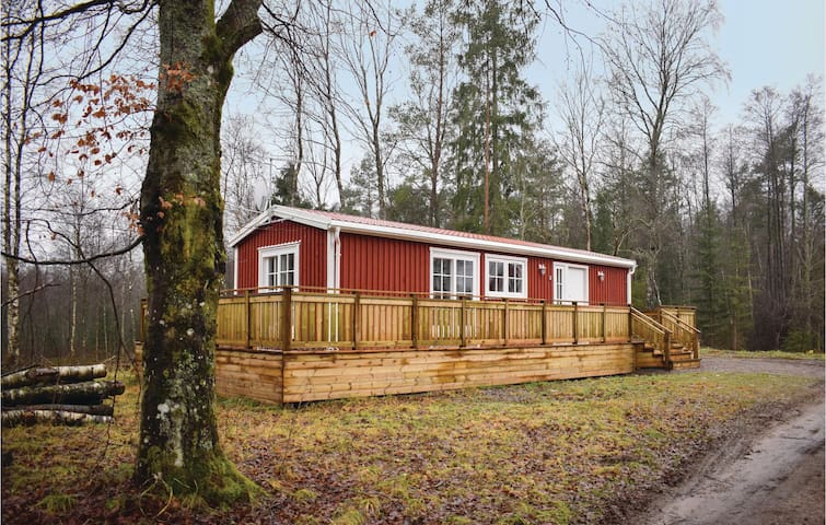 Holiday cottage with 2 bedrooms on 48 m² in Knäred