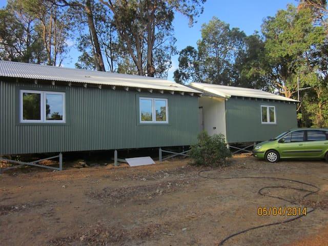 Eco cabin studio style - Stoneville - Kulübe