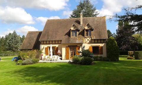 Breuilpont-Lorey: Cottage au bord de l'Eure
