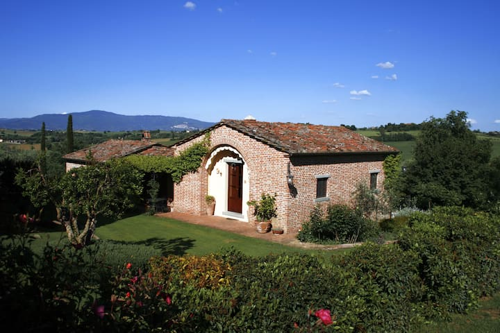 Charming Country Cottage with Pool - Cortona - Talo